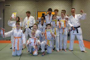 groepsfoto-judoexamen_72-dpi